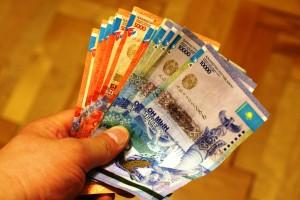 Планируется введение ограничения на наличные платежи для юрлиц